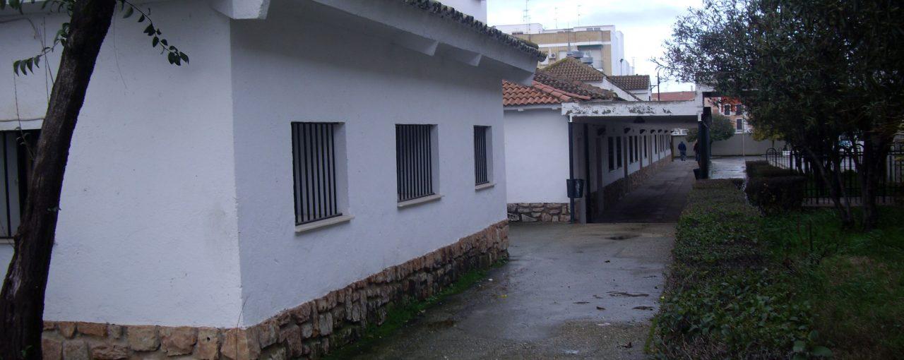 CONTINÚAN LAS OBRAS EN EL INSTITUTO JUAN DE ARÉJULA