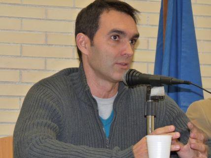EL DRAMATURGO JUAN CARLOS RUBIO EN EL IES JUAN DE ARÉJULA