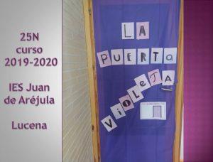 La puerta violeta